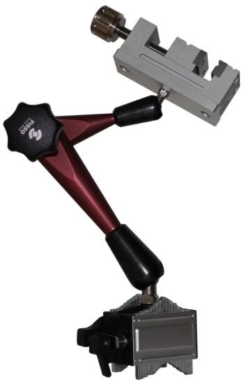Abbildung: Mini-Schraubstock mit Fisso Strato und Anyformfuß Größe 3 (Das Bild kann vom Original geringfügig abweichen.)